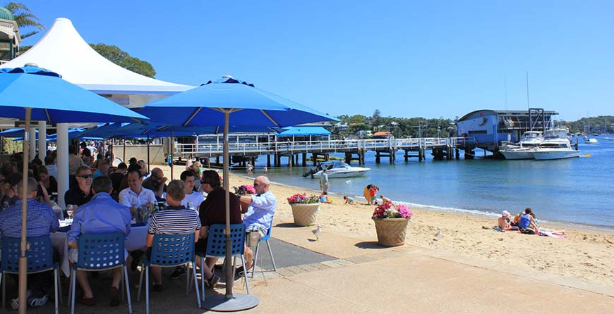 Waterfront dining on our Sydney Sightseeing Tours